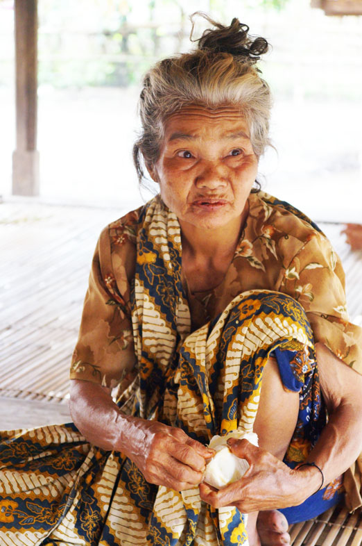 Lombok_Sasakfrau K